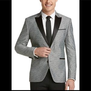 "Kenneth Cole ""Awareness"" Dinner Jacket"